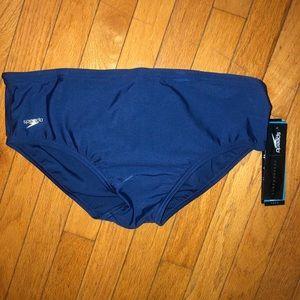 New Men's Navy blue sz 40 Speedo swim briefs